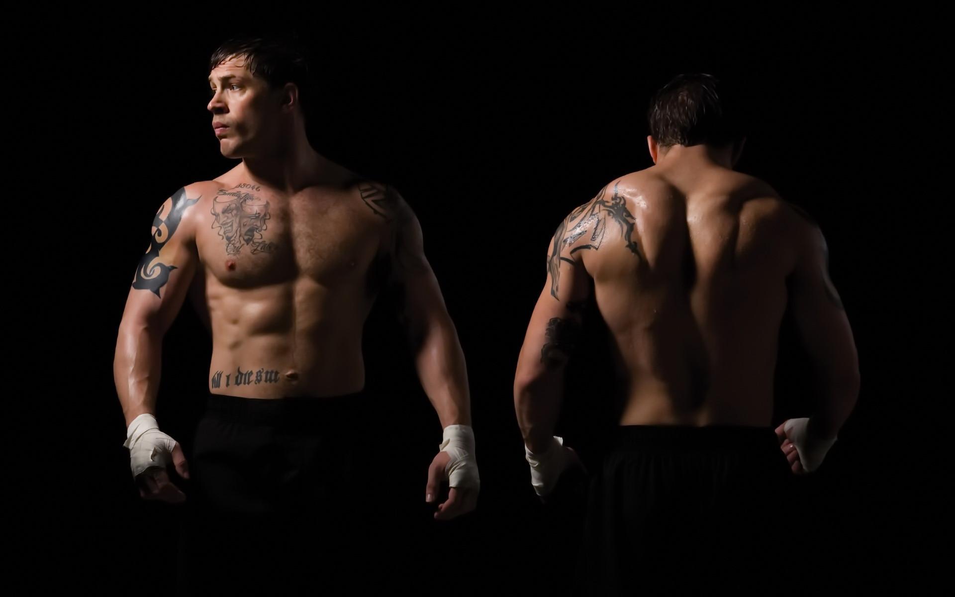 Актер Том Харди за 4 месяца набрал 13 кг мышечной массы