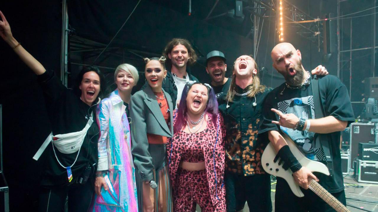 ALYONA ALYONA, ONUKA, Юлія Саніна та Артем Пивоваров представили саундтрек до фільму «Найкращі Вихідні»